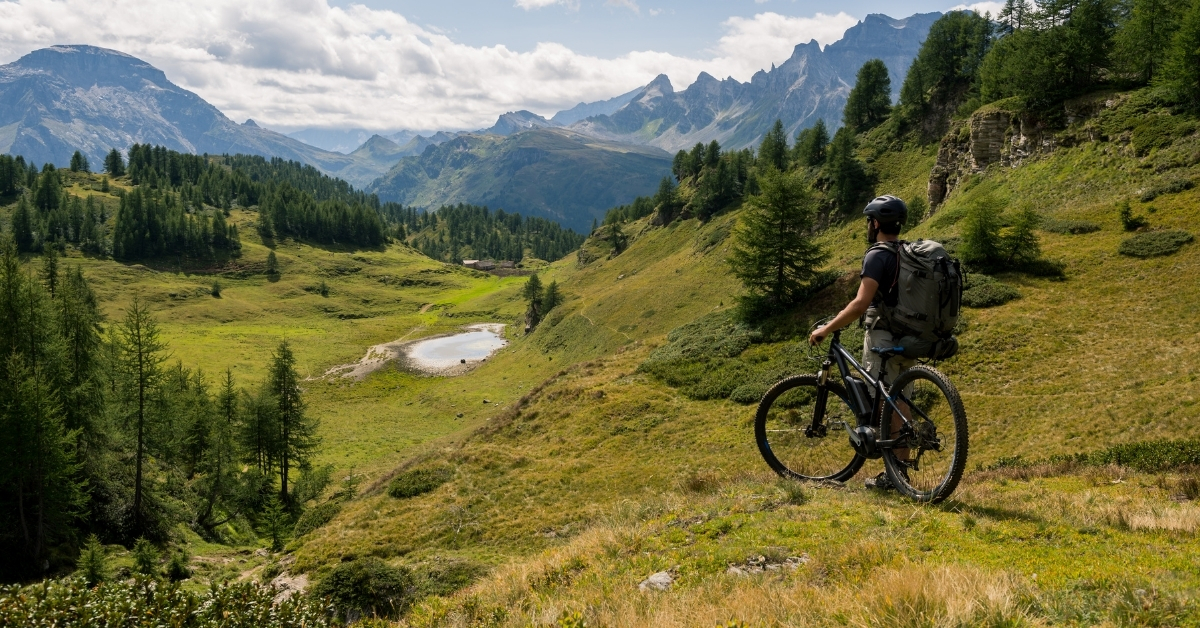 why-electric-bikes-are-so-popular-for-hunting